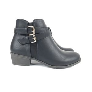 Low Ankle Black Boots